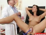 Hot Babe Nikki Pussy Pumped During Gyno Exam - Fetish Sex Video